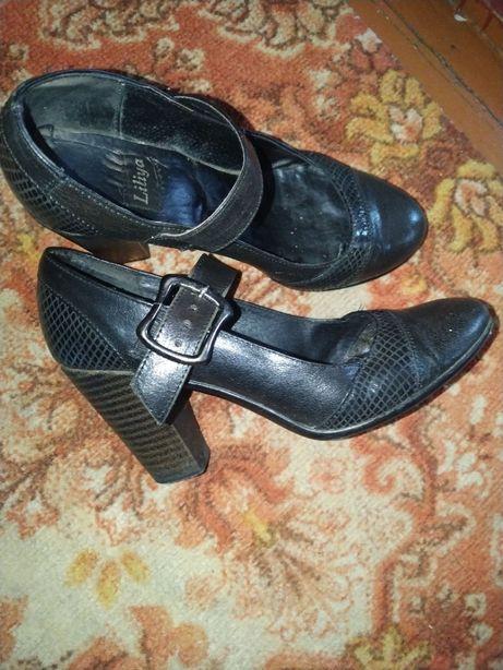 Шкіряні туфлі Liliya