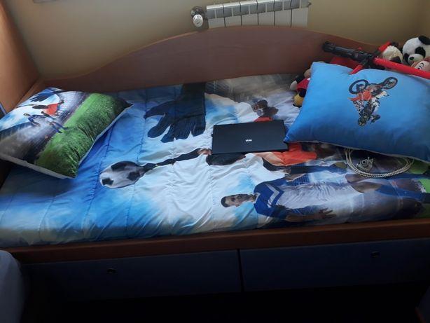 Vendo cama de solteiro em bom estado