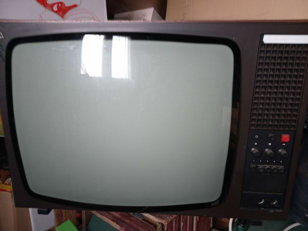 Telewizor czarno biały PRL