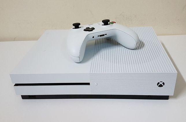 Xbox One S + PAD