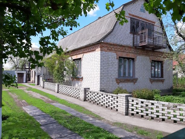 Продаж цегляного будинку в с. Устимівка