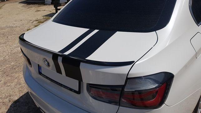 Накладка, липспойлер, спойлер BMW F30 M3 в черном цвете