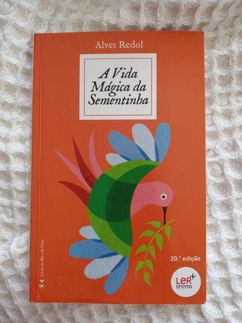 """Livro """"A vida Mágica da Sementinha"""""""