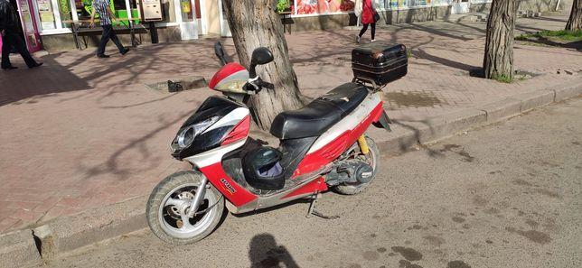 скутер 150 кубов Spark 150s17