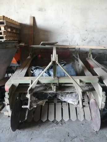 Máquina de arrancar batatas