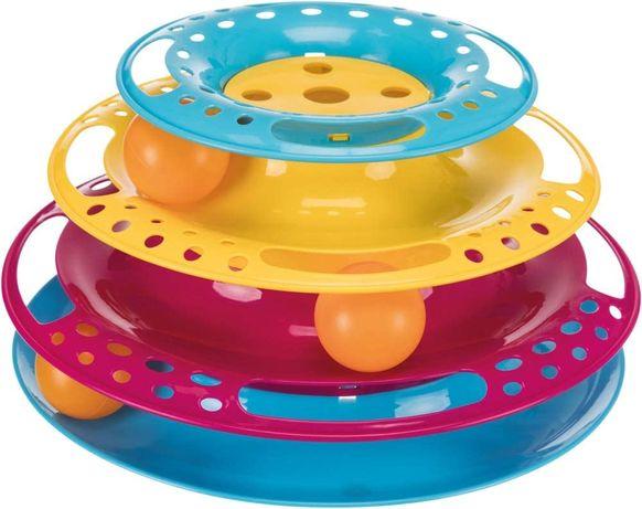 Interaktywna zabawka dla kota. Wieża z piłkami.