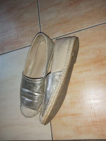 Espandryle wygodne buty na jesień 40