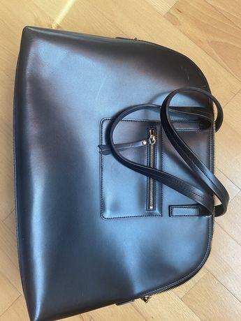 Шкіряна сумка Caprisa
