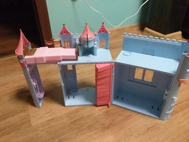 Zamek dla laleczek