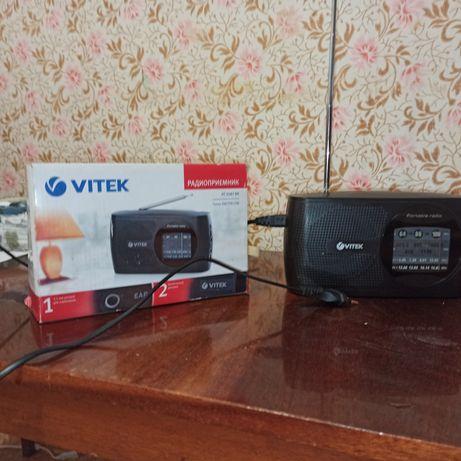 Радиоприëмник Vitek