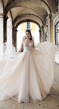 Продам дизайнерское свадебное платье Оксаны Мухи