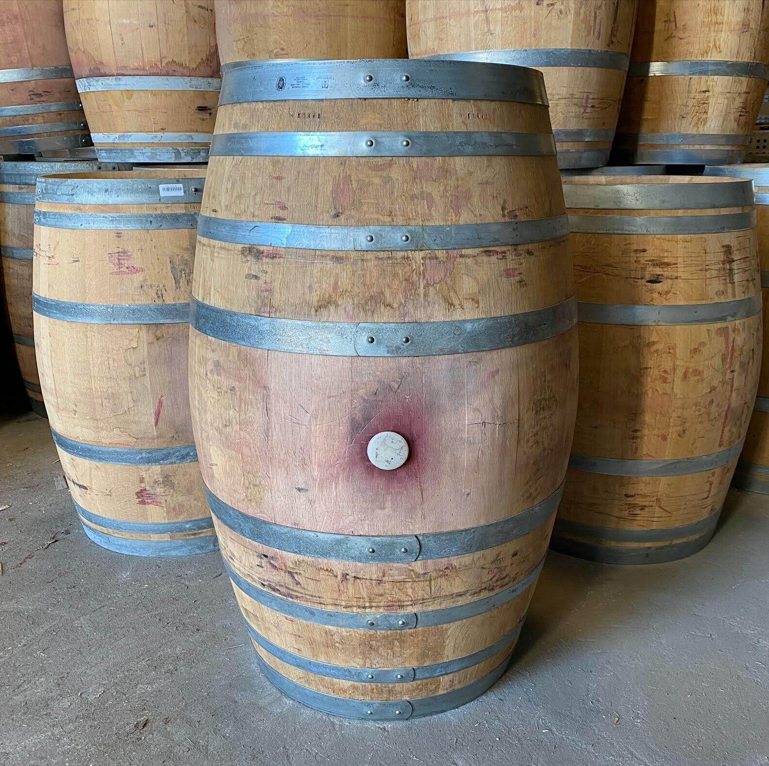 Pipos de madeira / barricas / barris / pipas de madeira