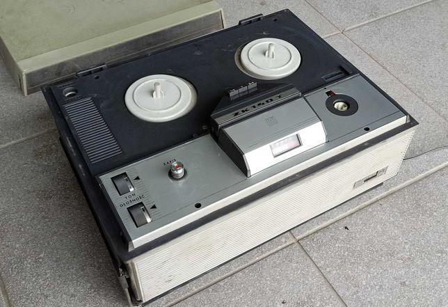 Magnetofon szpulowy ZK 140 T
