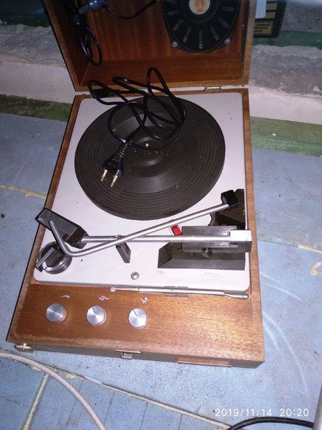 Gramofon Unitra Fonica WG-510