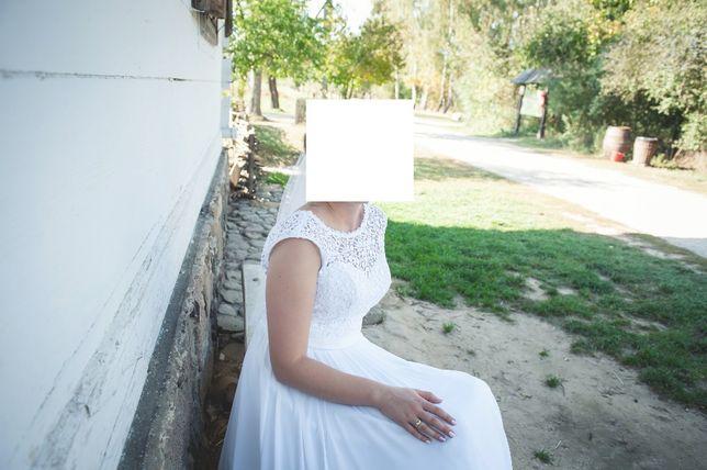 Suknia ślubna odkryte plecy, rozmiar 38, kolor biały