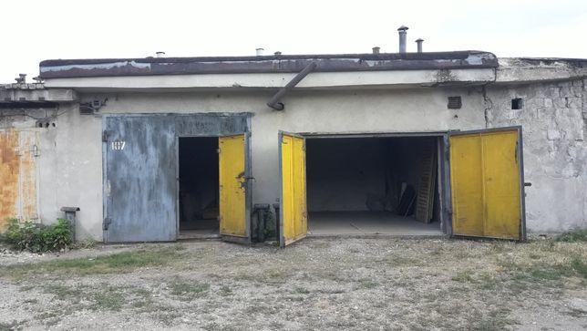 Продаю 3 (!) совмещённых гаража в Калининском районе.
