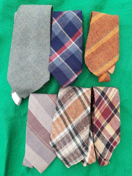 Lote de gravatas vintage em seda, lã