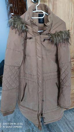 Zimowy płaszcz damski