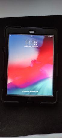"Apple iPad Air 1 WiFi 9,7"" A1474 1GB/32GB tablet srebrny + etui"