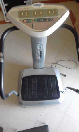 Plataforma vibratória para perder peso (usando 10 minutos por dia)