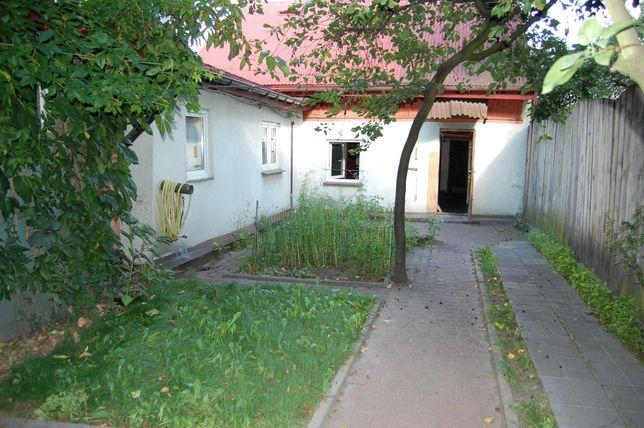 Przytulny domek w centrum miasta