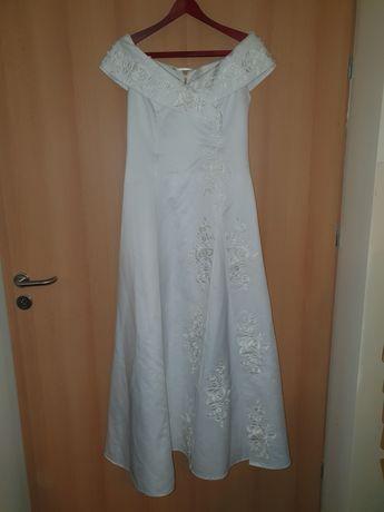 Suknia, sukienka ślubna rozmiar 40