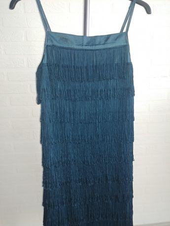 Sukienka z frendzelkami