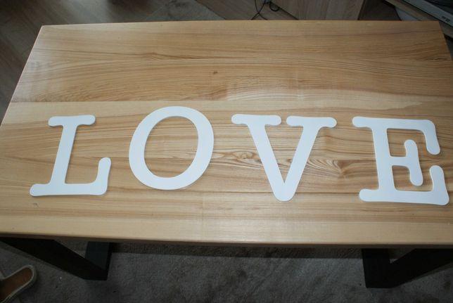 Napis ścienny LOVE