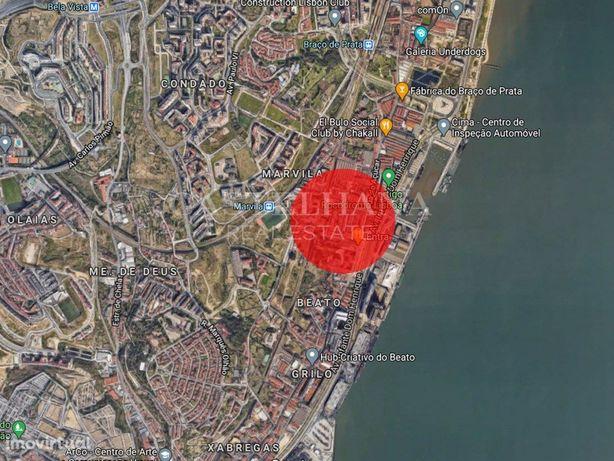 Prédio para venda com projecto aprovado localizado em Mar...