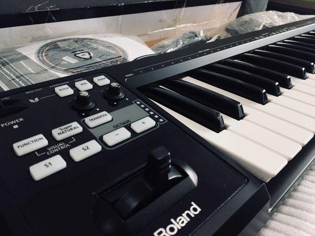 Teclado Controlador MIDI Roland - A-49