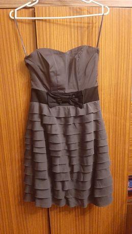 Sukienka z falbankami z H&m
