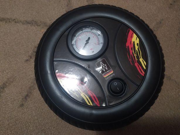 Автомобильный компрессор (насос) 12 v
