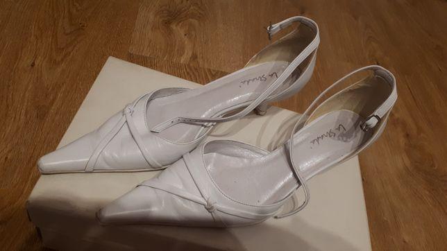 Buty ślubne, białe La Strada