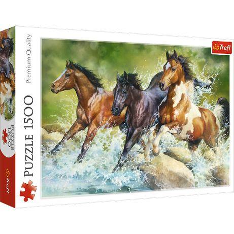 Пазлы Trefl Три диких коня голопом 1500 элементов
