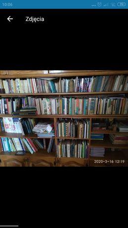 Książki likwidacją prywatnej biblioteki