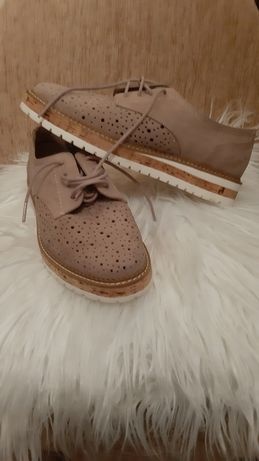 Buty damskie zamszowe