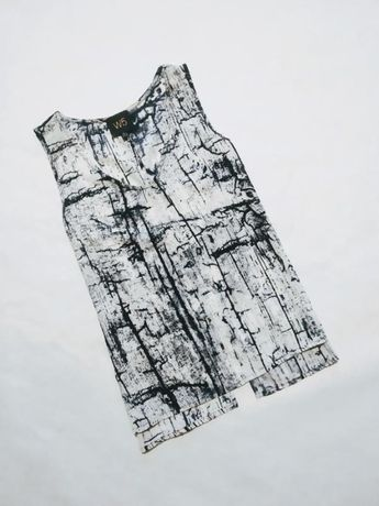 Блуза майка топ с интересной спинкой чёрно-белая