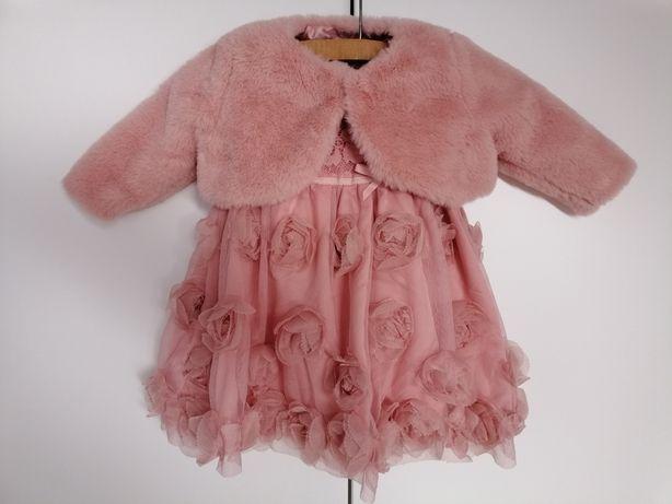 Różowa sukienka 68