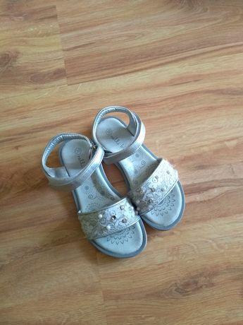 Sandałki dziewczęce rozmiar 30