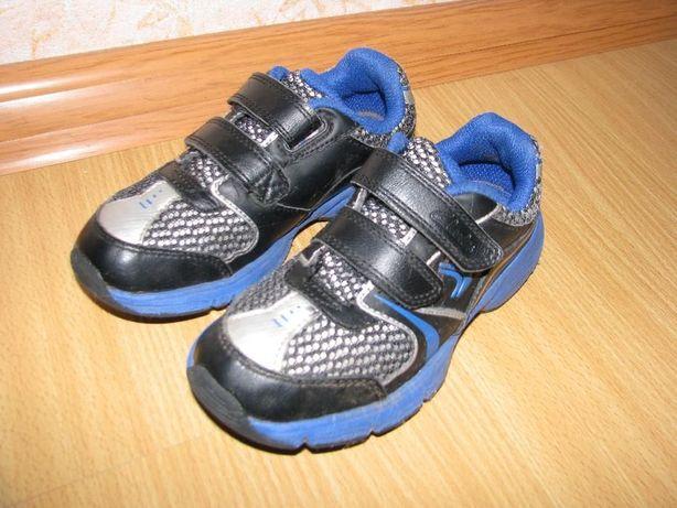 Clarks кожаные кроссовки 26 р по вст 17.5 см