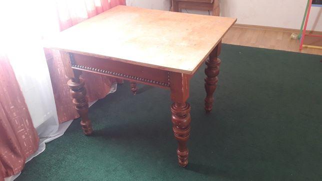 Продам старинный антикварный обеденный деревянн стол с резными ножками