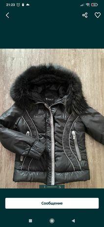 Продам куртку демисизону з натуральним хутром