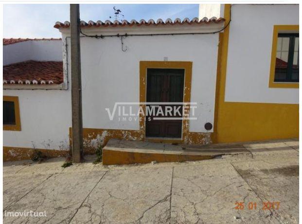 Moradia V2 térrea em Santo Aleixo Da Restauração concelho de Moura