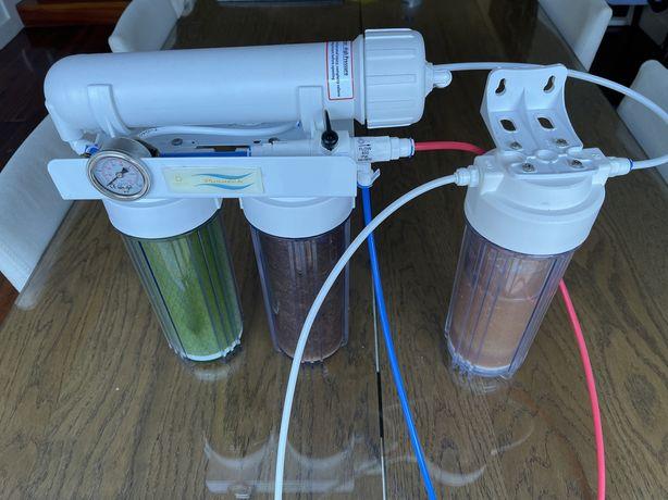 Osmose vertex puratek 3 estagios 100 GPD + filtro deionização vertical