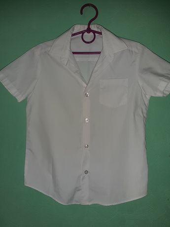 Набор белых  рубашек