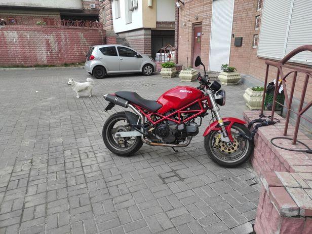 Ducati Monster m900i.e