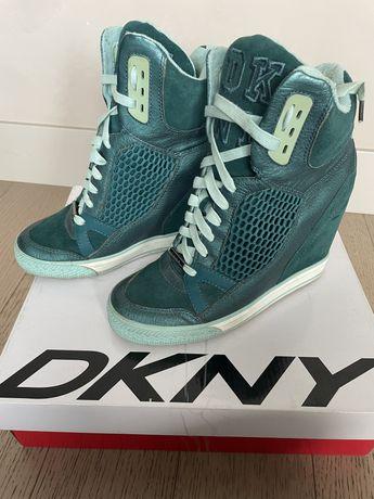 Ботинки DKNY р.38