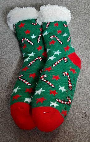 Skarpety, skarpetki świąteczne z kożuszkiem.   NIEUŻYWANE. Na prezent!