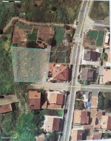 Terreno em Oeiras - Vista Desafogada