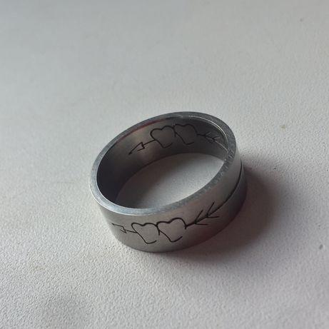 Кольцо-перстень бижутерия сердечко, отправка,торг,идеал.